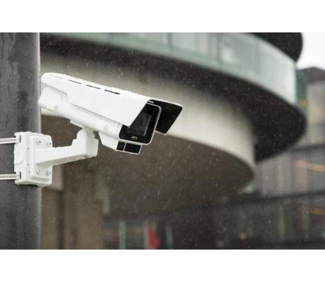 Серия видеокамер Axis Communications P13 пополнилась двумя моделями для наблюдения за большими территориями